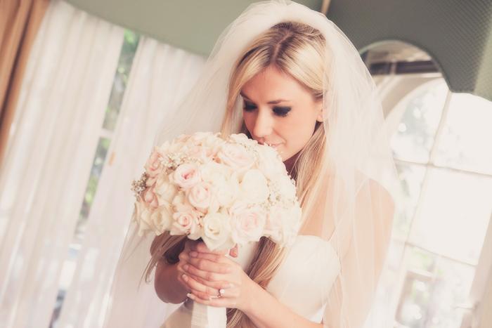 getting-ready-bride-married-Coronado-El-Cordova-hotel