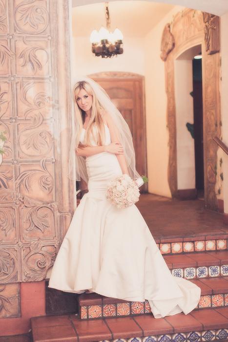 Bride-El-Cordova-Hotel-Coronado-San Diego-Wedding-Photographer