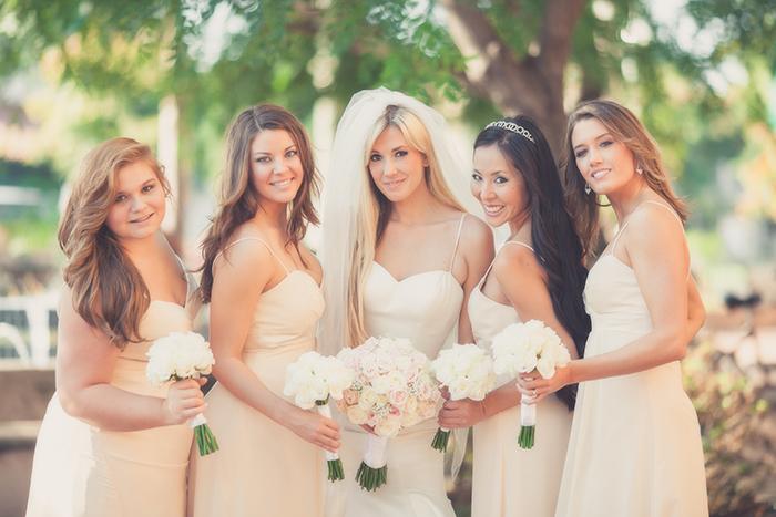 wedding-bridesmaid-el-cordova-hotel-lara-wedding