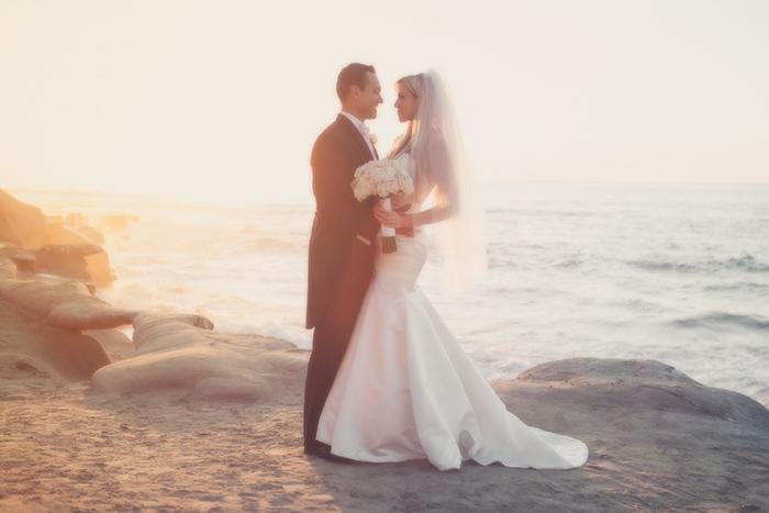 married-bride-grrom-wedding-bowl-la-jolla-san-diego-wedding-photographer-wedding-photography