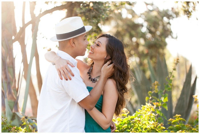 san-diego-engagements-downtown-urban-session-NEMA-natural-light-Crystal-Mark-sdWeddings-sdcouples-engagement-photos_5553.jpg