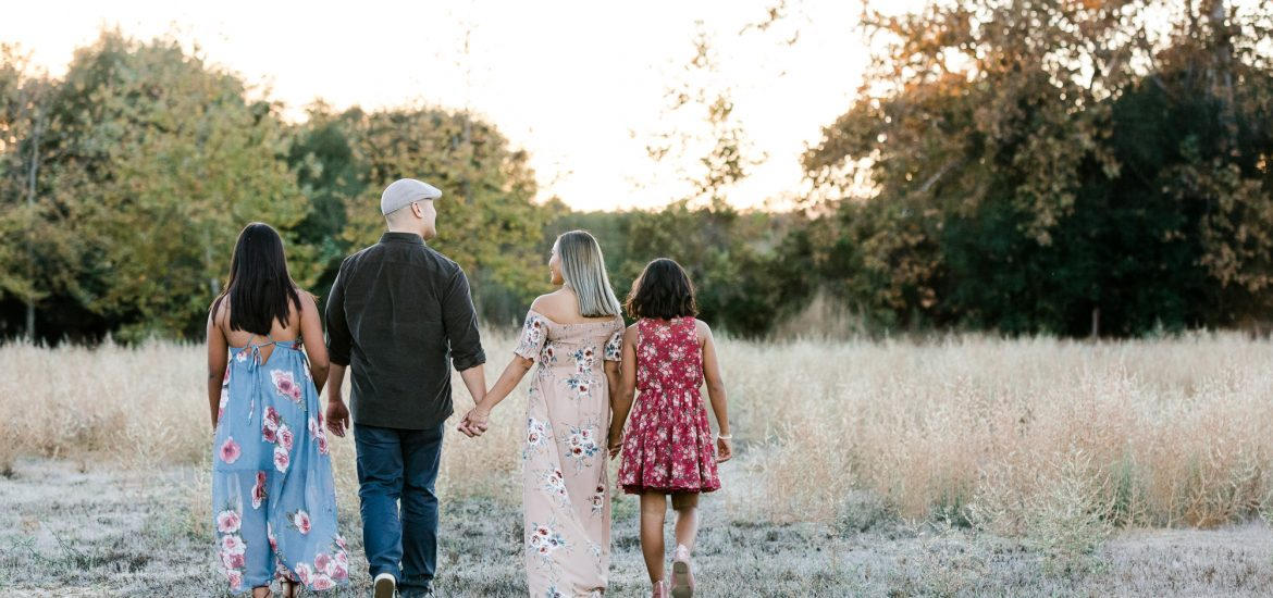 3H2A9910 1 1170x550 - Tabar Family | Fall session | San Diego family photographer | Los penasquitos canyon preserve